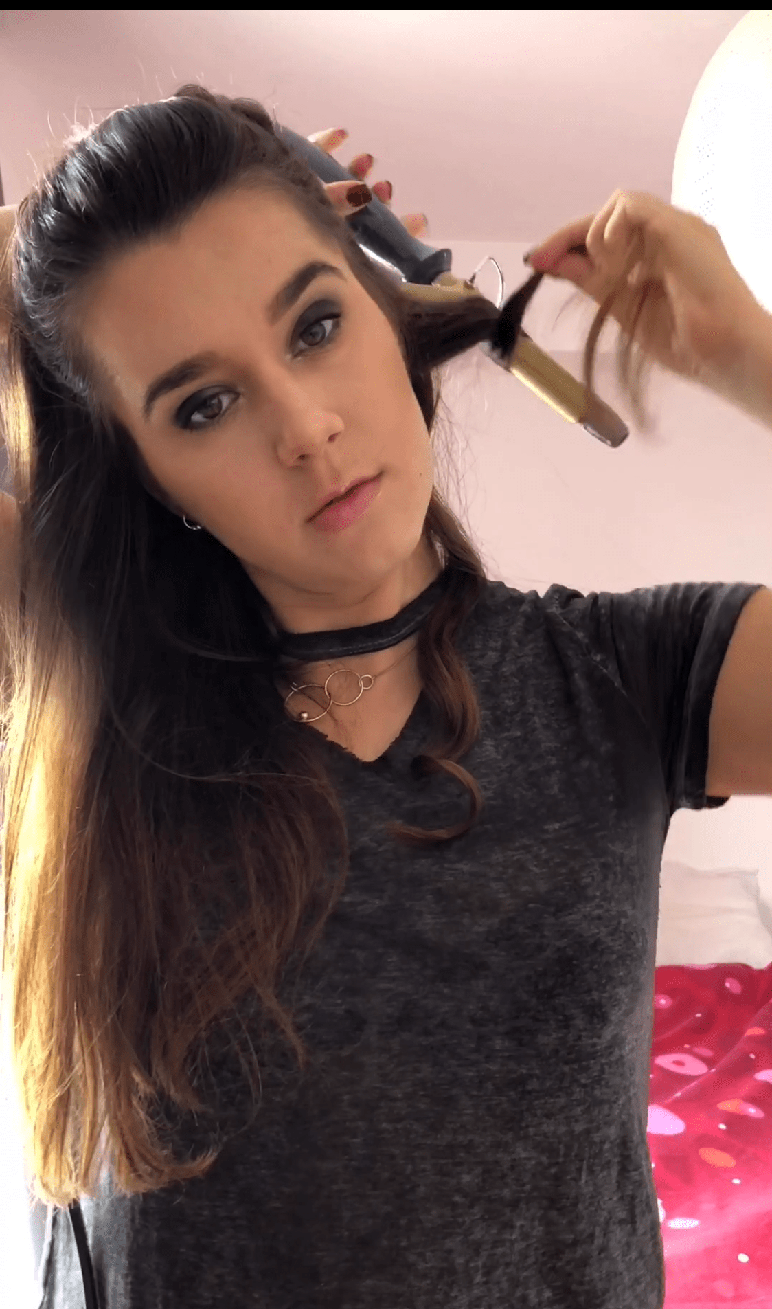 Miss Andrada Wavy Hair Tutorial